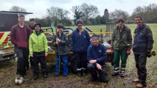 Guildford Royal Grammer School volunteers